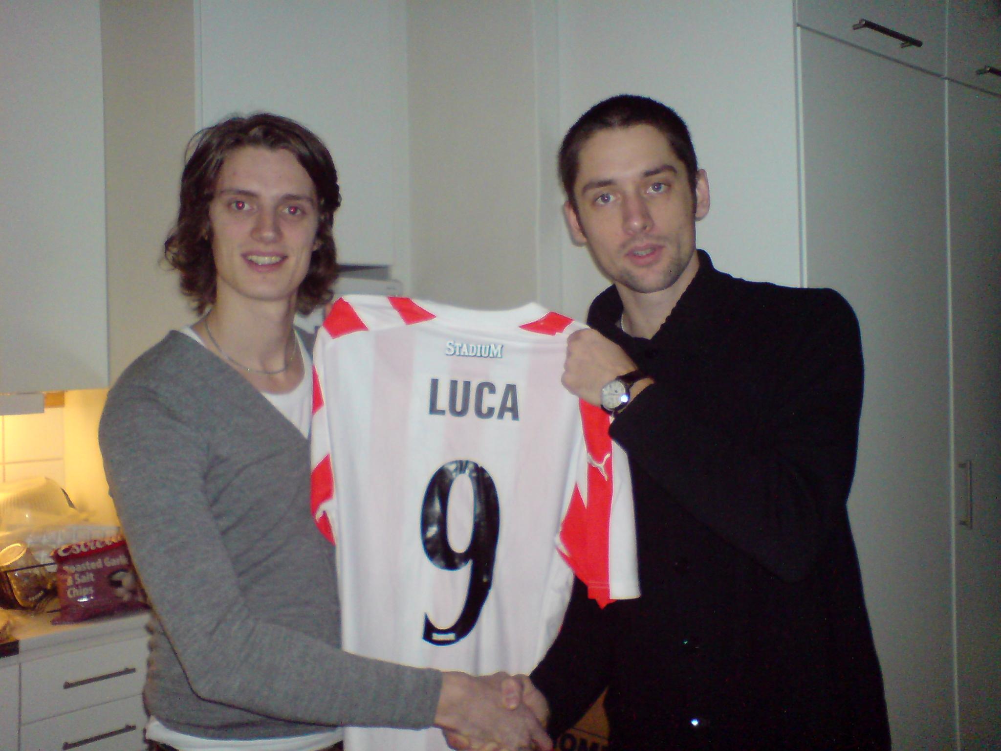 Luca klar för Kontra